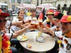 Фанаты Евро-2012 во Львове кайфуют от города: это настоящая Европа!