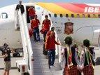 Збірна Іспанії прилетіла до Донецька_5