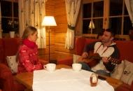 """""""Світське життя"""" в гостях у Віталія Кличка у тренувальному таборі в Альпах"""