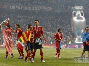 Іспанія з Кубком Європи_2