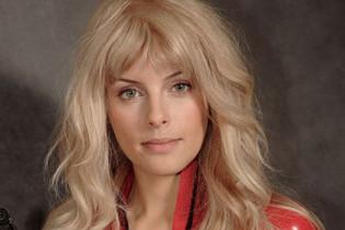Звезда сериала «Крем» Мария Сёмкина: «Для вопросов о парике нужно организовать горячую линию!»
