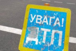 На Харківщині перекинувся автобус: є жертви