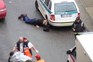 Стрілянину в Братиславі влаштували чотири злочинці