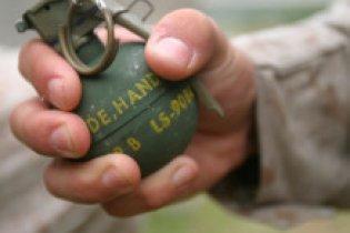 В Харькове на рынке задержали мужчину с гранатами и тротилом
