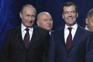 Лужков спростував чутки про спробу посварити Мєдвєдєва і Путіна