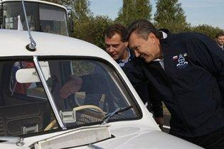 Янукович и Медведев отправились в Россию