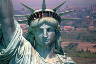 Статую Свободи закривають на реконструкцію