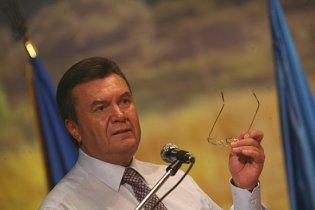 Янукович встретился с Коморовским в Крыму
