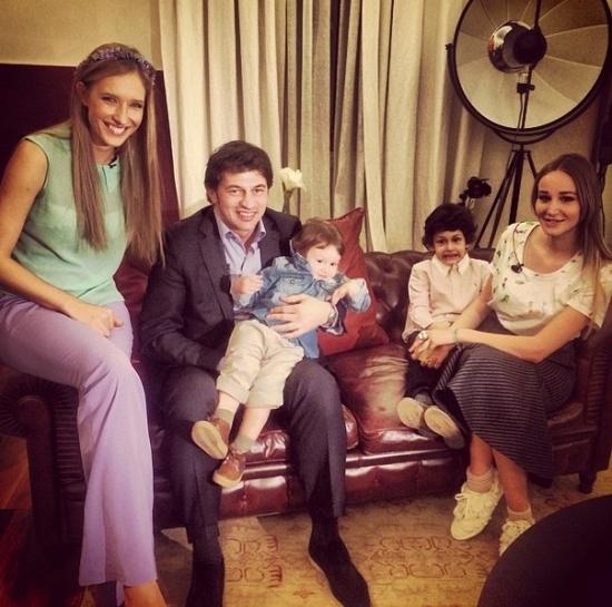 Каха Каладзе з родиною