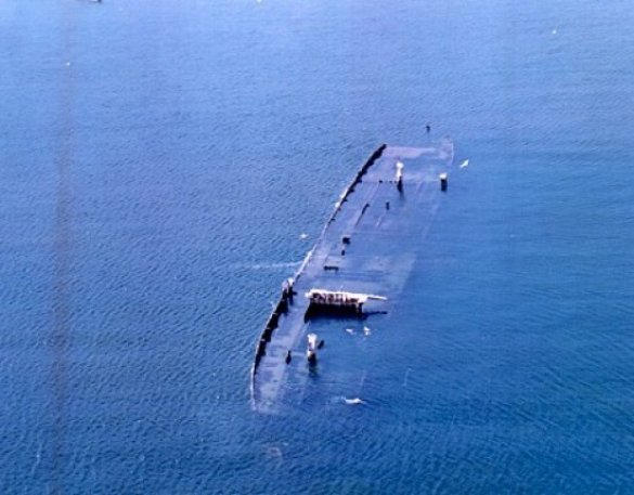 Корабельна аварія (Фото: neptunesdiving.com)