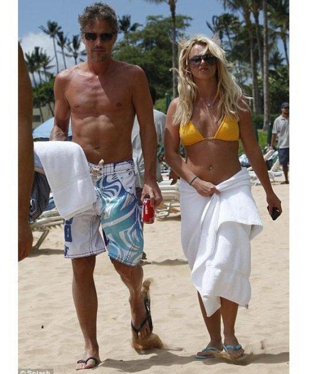 Брітні Спірс на пляжі_3