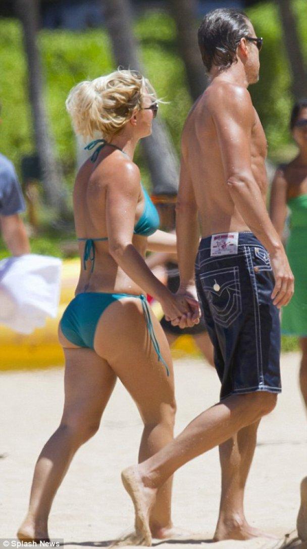 Брітні Спірс на пляжі_7