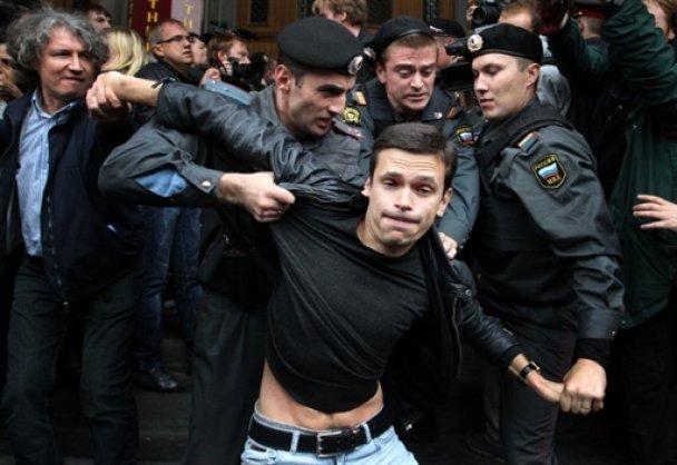Лидеров российской оппозиции будут судить за митинги