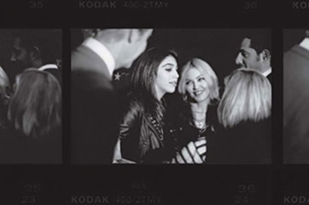 Мадонна та Лурдес