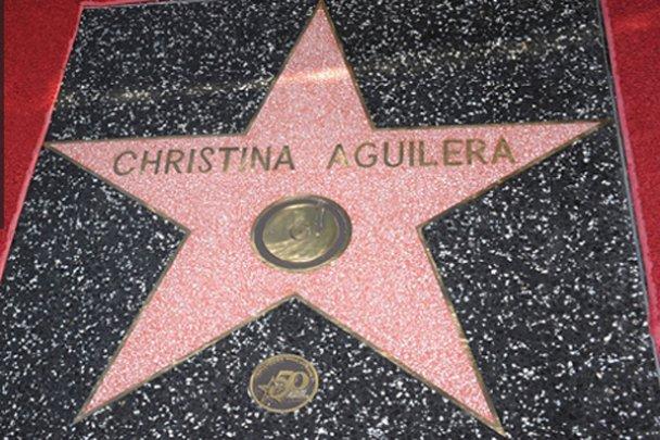 Кристина Агілера отримала зірку на Алеї слави