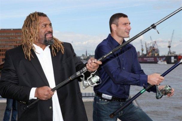 Віталій Кличко і Шеннон Бріггс провели прес-конференцію_8