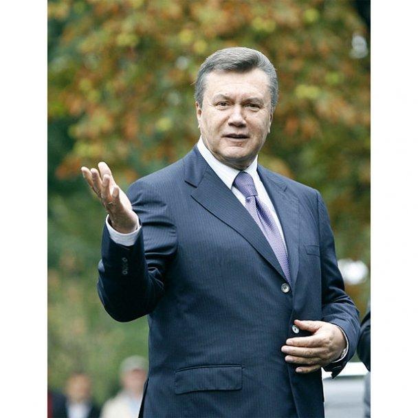 Віктор Янукович у школі 1 вересня_11