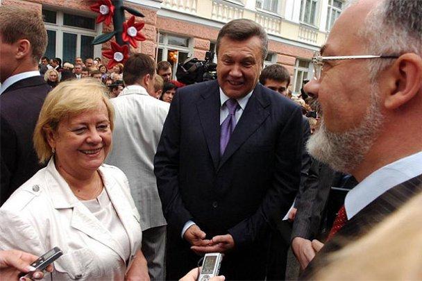 Віктор Янукович у школі 1 вересня_3