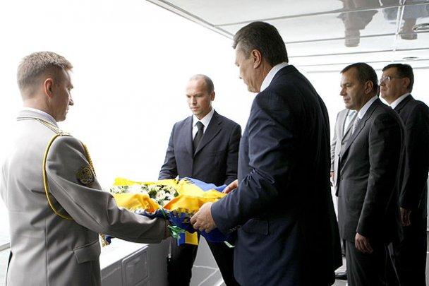 Янукович завершив державний візит до Китаю_19