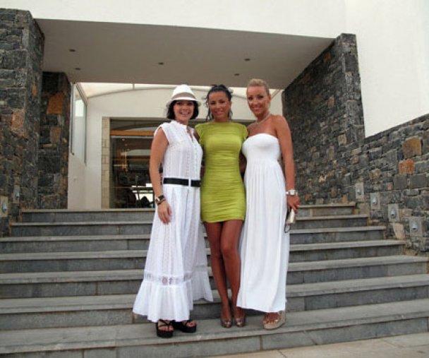 Ани Лорак отпраздновала ситцевую свадьбу на Крите