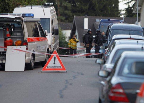 У Швейцарії 67-річний чоловік зачинився вдома і відкрив стрілянину по поліції