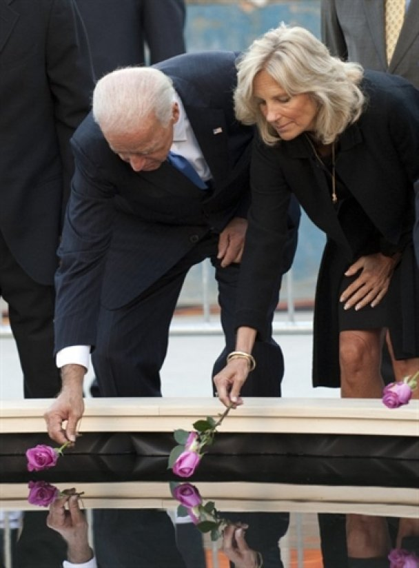 США вшанували жертв теракту 11 вересня_11