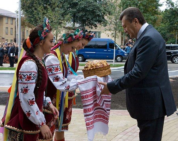 Виїзне засідання Ради регіонів України в Бучі_1
