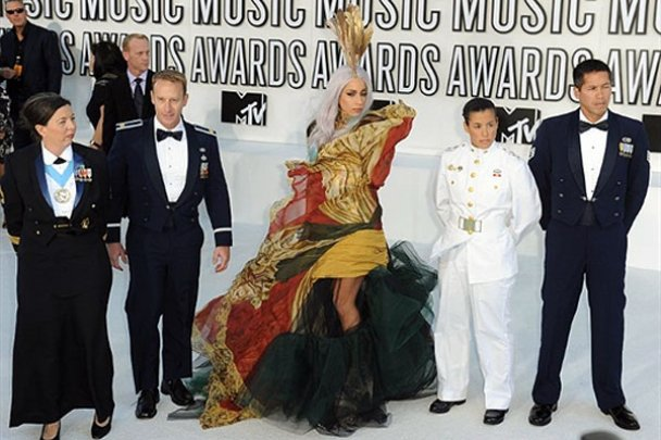 2010 MTV Video Music Awards_12