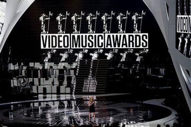 Церемонія нагородження MTV Video Music Awards 2010_11