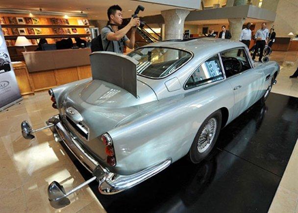 Aston Martin DB5_3
