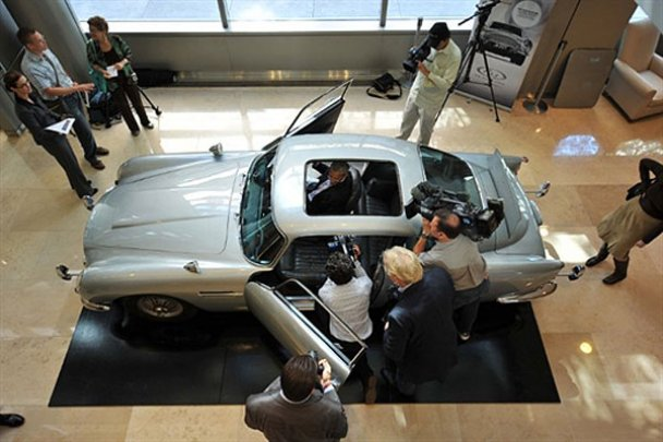 Aston Martin DB5_8