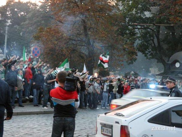 Сутичка між фанатами Карпат і Боруссії_3