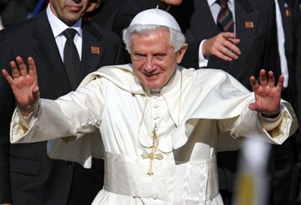 Папа Римський Бенедикт XVI у Британії_2