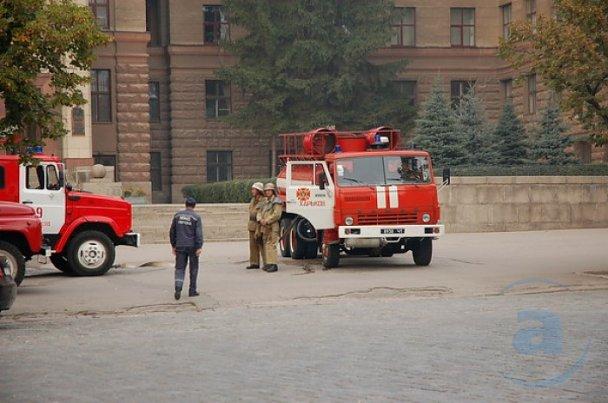 Пожежу в університеті Каразіна локалізували_4