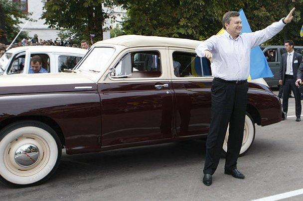 Янукович і Мєдвєдєв у Міжнародному автопробігу_2