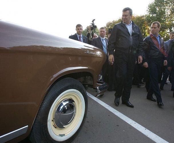 Янукович і Мєдвєдєв у Міжнародному автопробігу_13