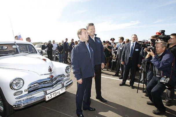 Янукович і Мєдвєдєв у Міжнародному автопробігу_20