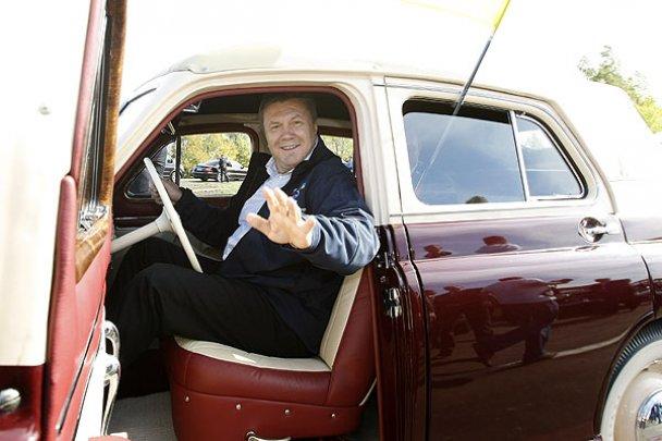 Янукович і Мєдвєдєв у Міжнародному автопробігу_28