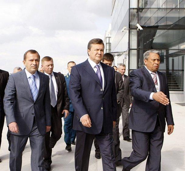 """Янукович відкрив новий термінал у """"Борисполі""""_5"""