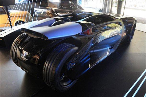 Peugeot EX1_3