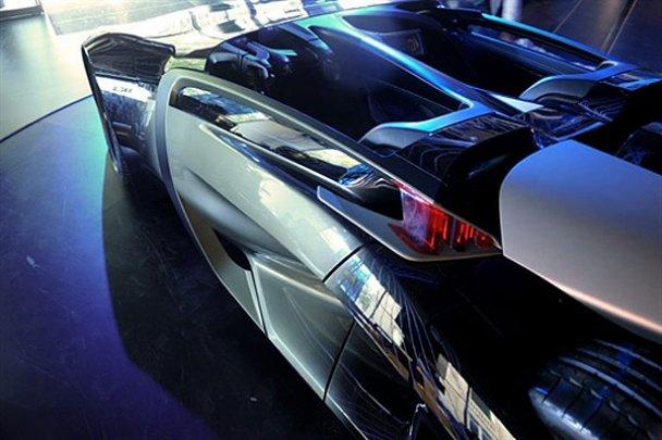 Peugeot EX1_4
