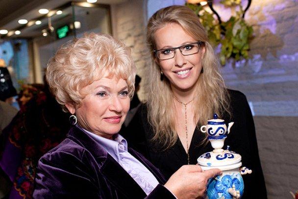 Ксенія Собчак зіпсувала кар'єру своїй матері