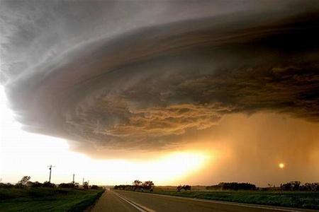 В сша торнадо обрушился сразу на