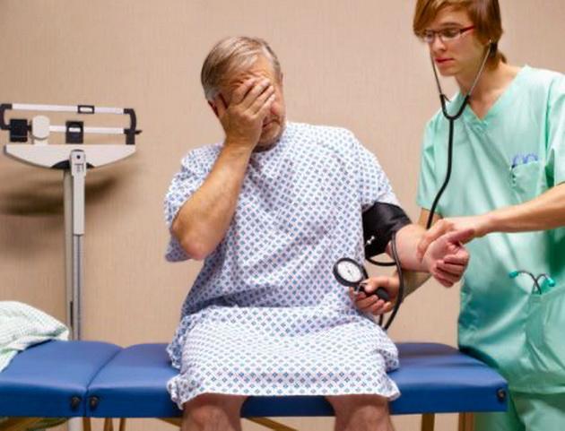 Как лечить парализованную руку после микроинсульта