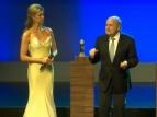 Бразильська модель Фернанда Ліма і президент ФІФА Зепп Блаттер