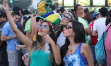 Прекрасные болельщицы сборной Бразилии шлют привет с чемпионата мира-2014