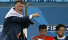 Нидерланды уступили мощнейшей футбольной державе - Ван Гаал