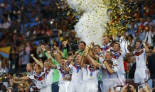 Кубок мира нашел героя: церемония награждения сборной Германии