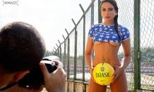 """Бывшие подружки Неймара показали """"футбольный секс"""" перед стартом чемпионата мира"""