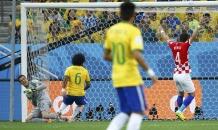Автогол защитника сборной Бразилии стал первым голом на ЧМ-2014 (видео)